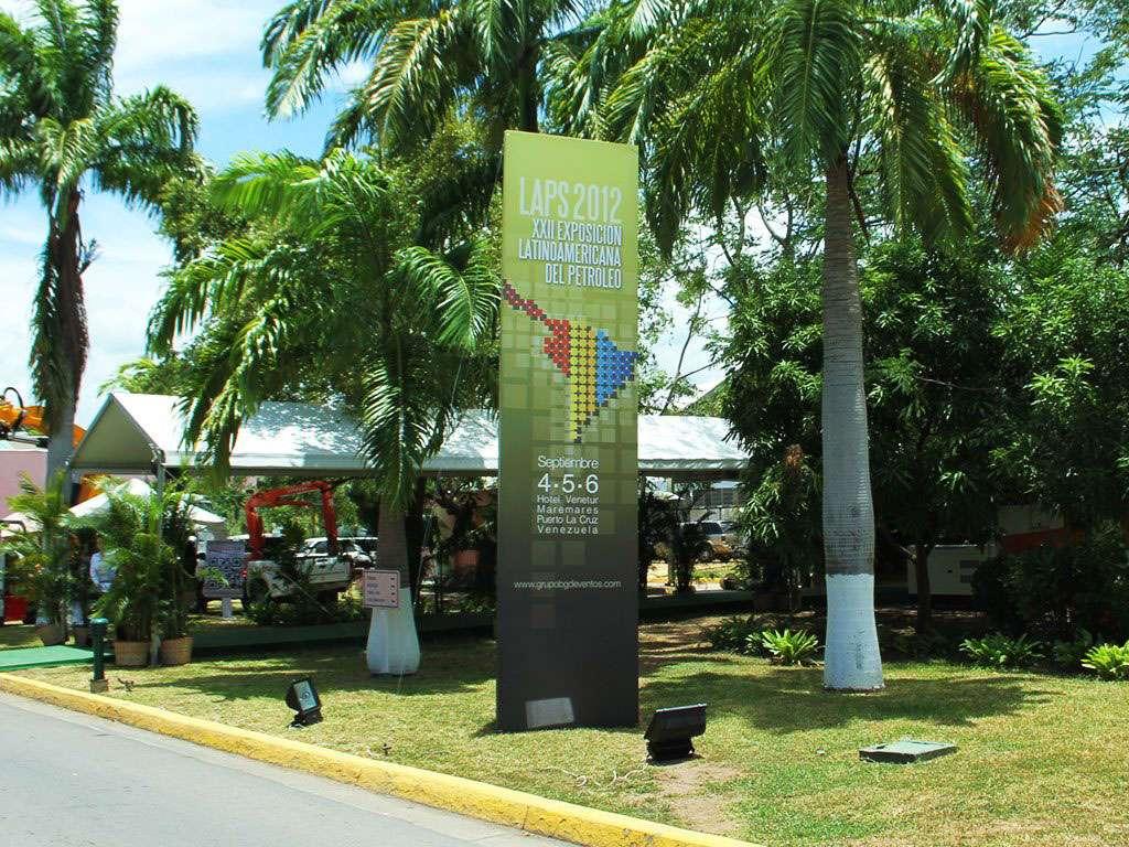 LAPS 2012. Totem. Proyecto para Grupo BG de Eventos